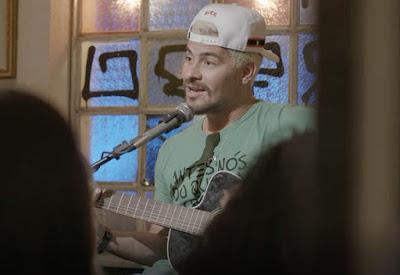 Ryan se apresenta no Bar das Onze — Foto: TV Globo