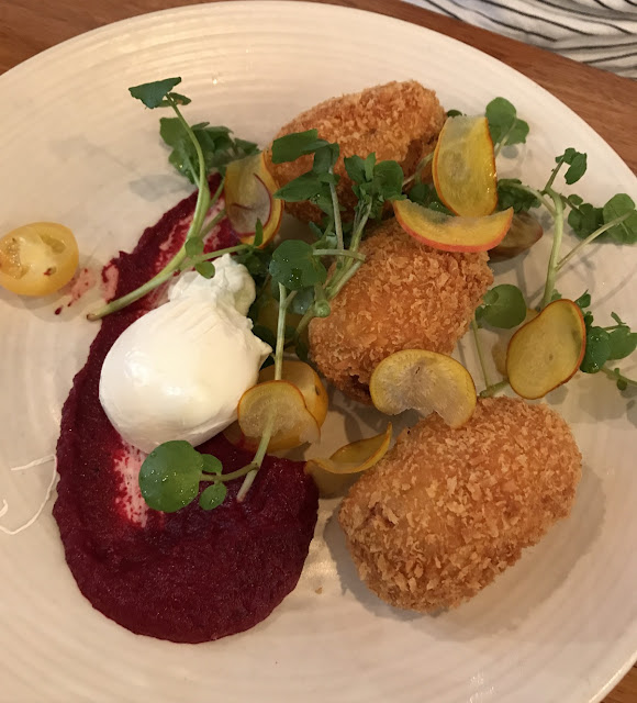 Two Birds One Stone, South Yarra, salmon croquette