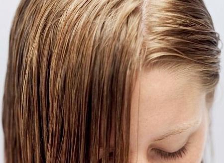 5 Penyebab Rambut Menjadi Berminyak
