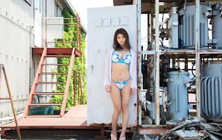 nana fukada sexy bikini pics 04