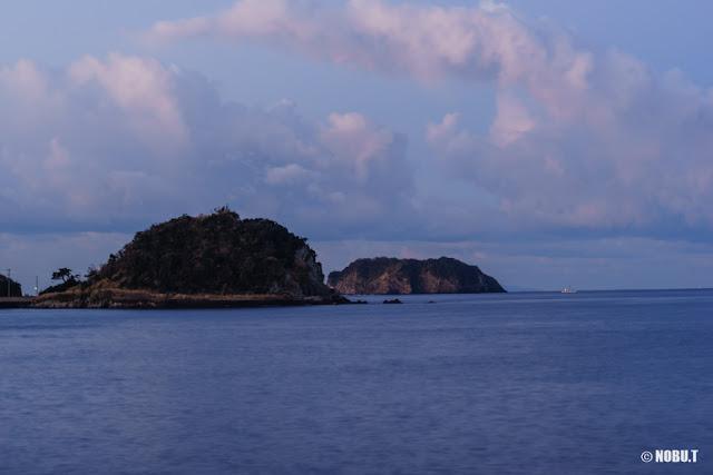真珠島と浮島~道の駅きょなん