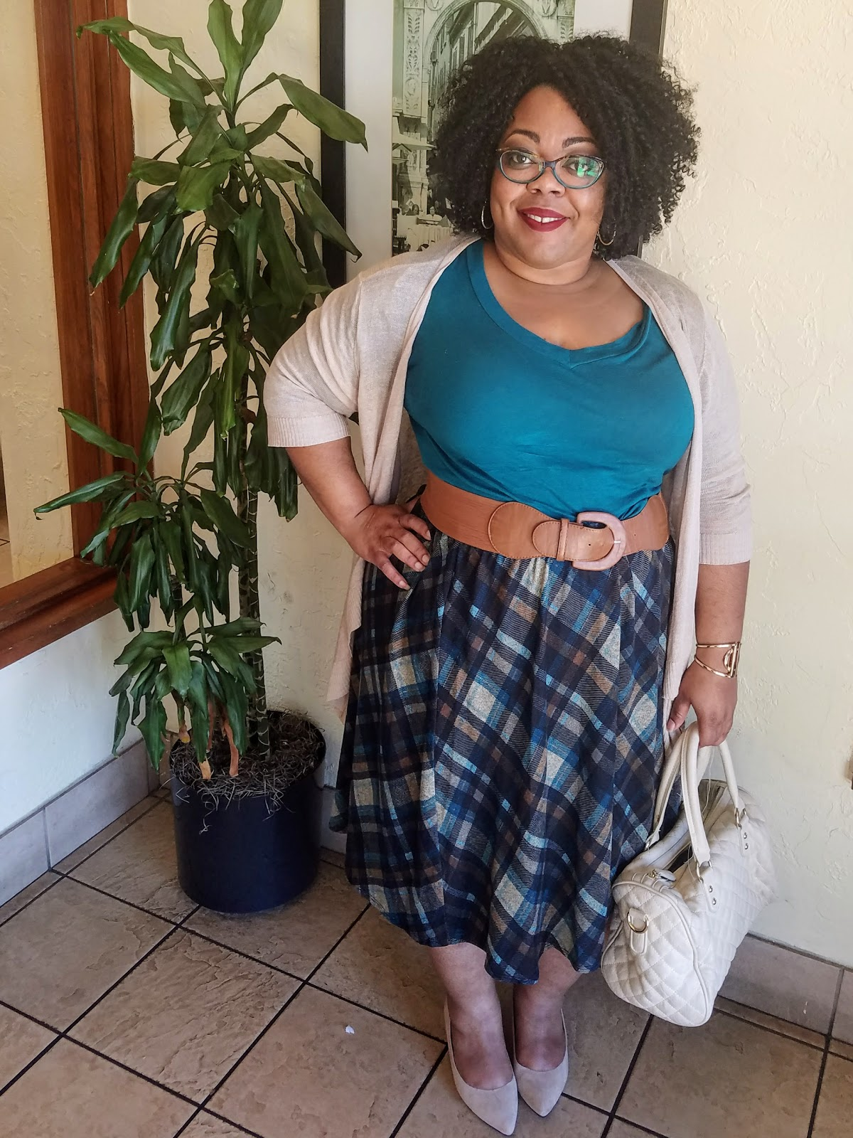 curvy, plus size, full figured, natural hair, plaid skirt, knit tee, cardigan, kitten heels