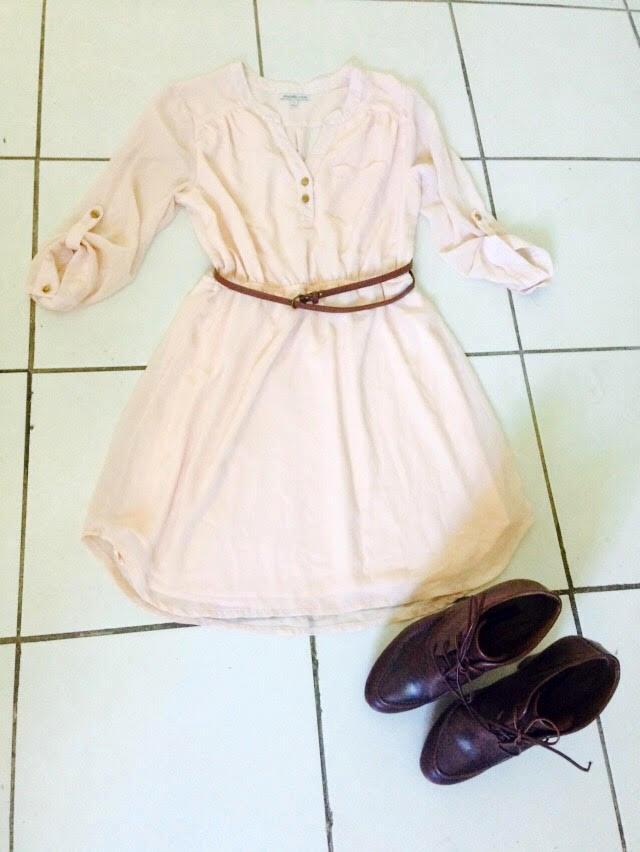 8ba5e5bfa ... este vestido Charlotte Russe ideal para un look completamente  romántico. En esta ocasión se combinó con un cinturón de color café y unos  botines también ...