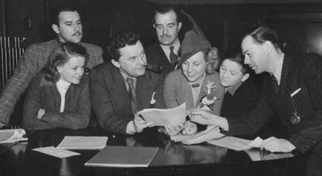 Media Confidential: November 7 Radio History