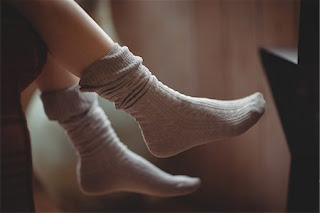 wear sock before going to bed