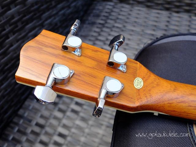 Clearwater roundback baritone ukulele tuners