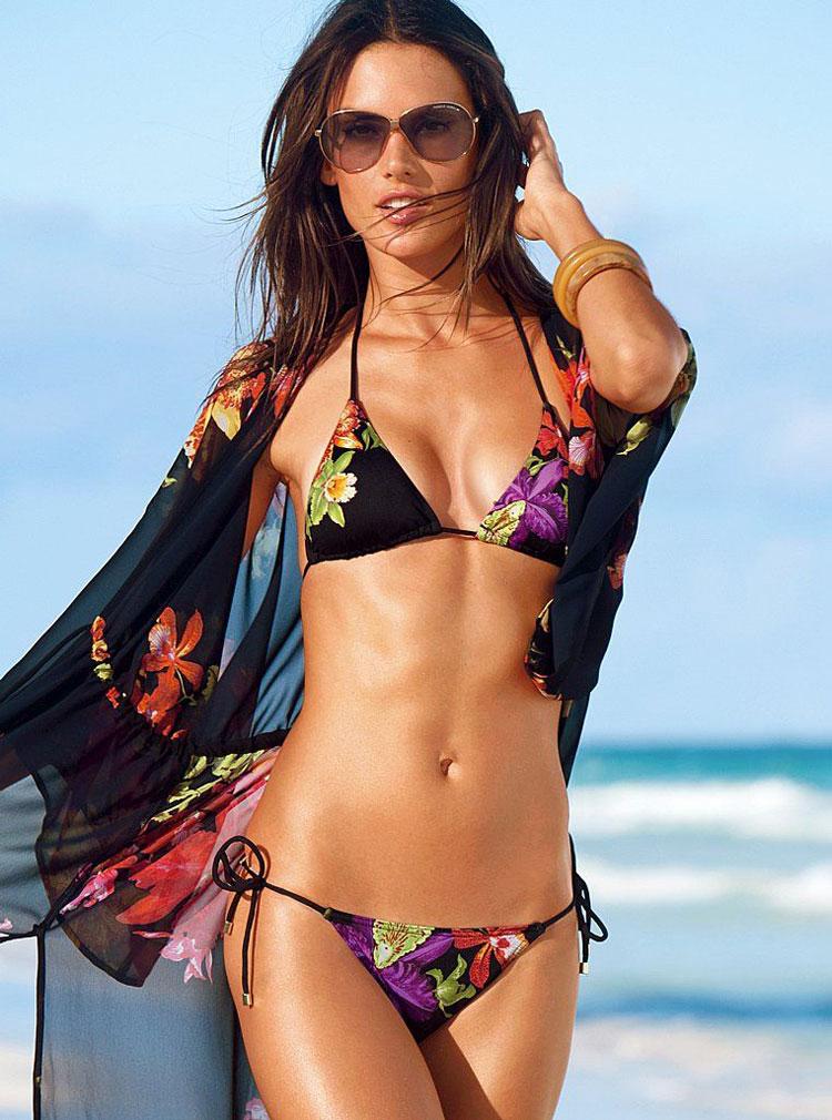 Alessandra Ambrosio Bikini Nude Photos 78