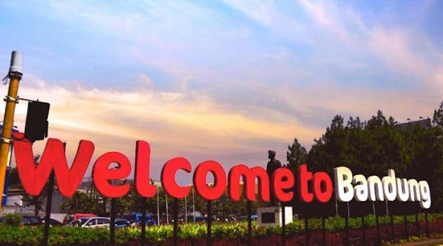 Tempat Wisata di Kota Bandung yang Keren dan Wajib Dikunjungi 5 Tempat Wisata di Kota Bandung yang Keren dan Wajib Dikunjungi