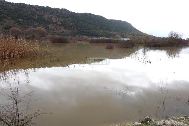Γιάννενα: Πλημμυρισμένες Εκτάσεις Στον Κάμπο Της Καστρίτσας [Φωτο-Βίντεο]