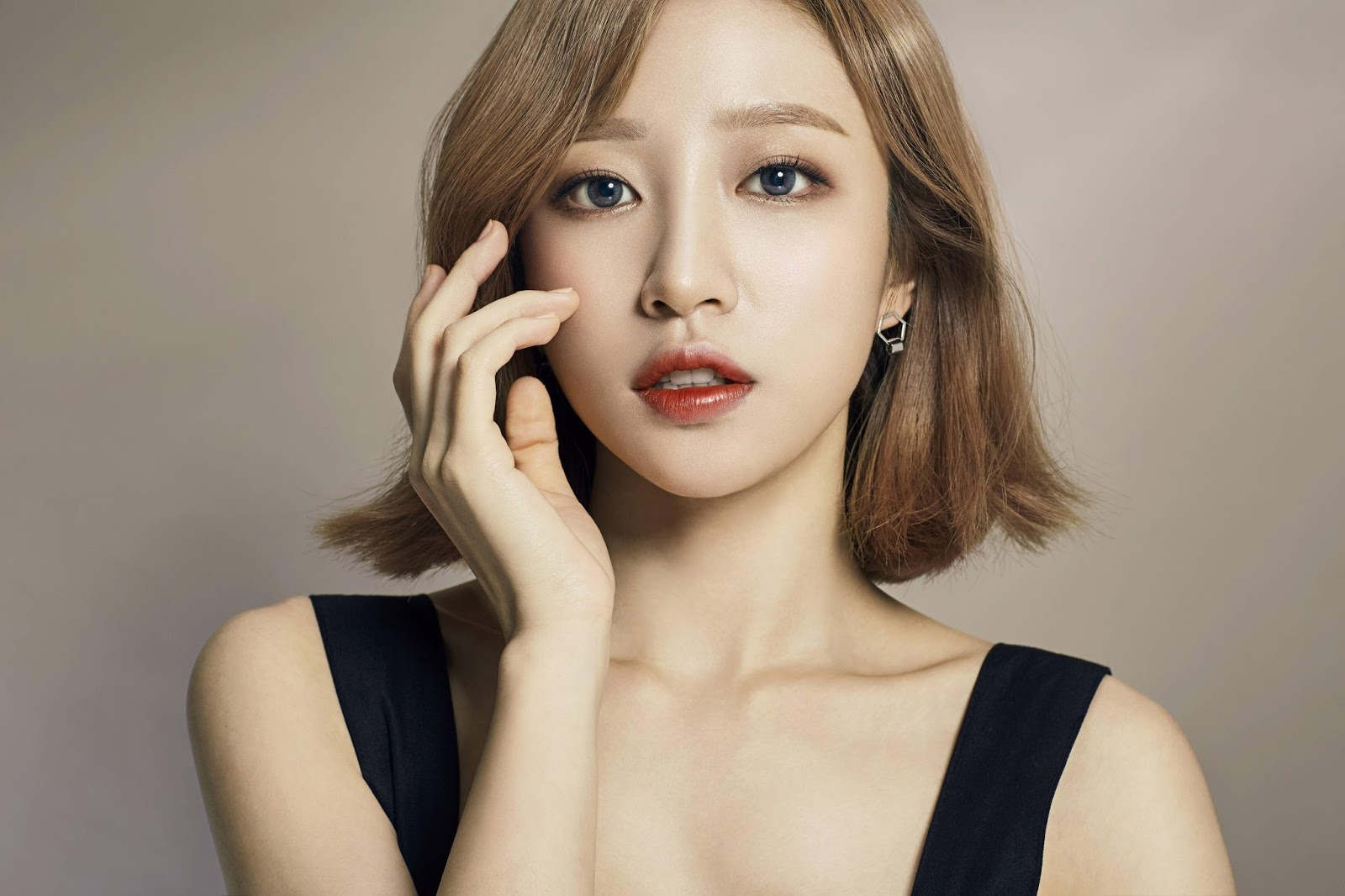 Showbiz Korea Photoshoot Pics Hani Exid Olens 2016
