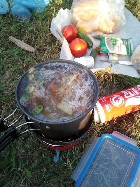 суп на газовой горелке