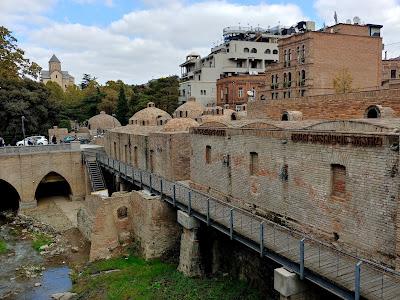 Łaźnie siarkowe w Tbilisi