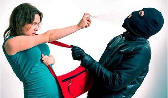 Mulheres poderão usar spray de pimenta e arma de choque