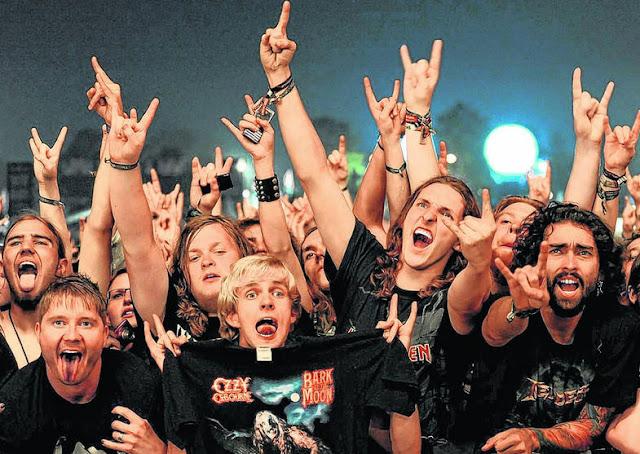 Long Live Rock live