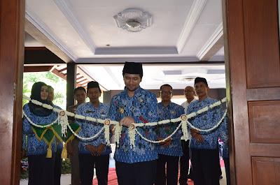 Berikan Peluang Pekerjaan, Bupati Emil Dardak Buka Job Market Fair 2017