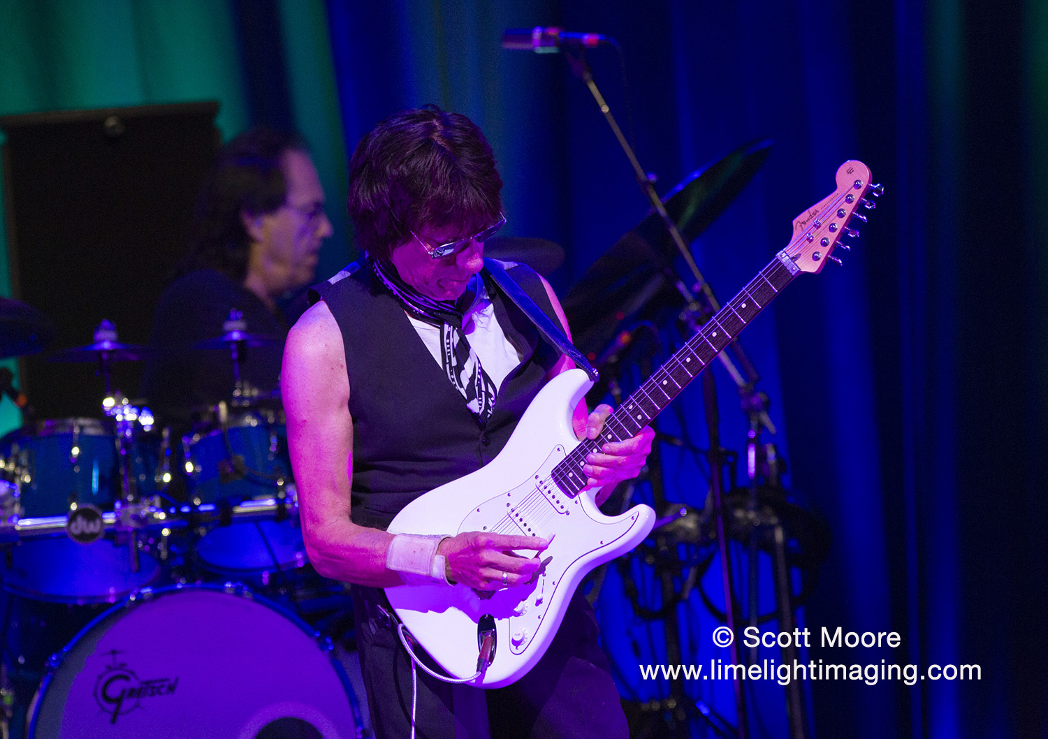 small resolution of guitar great jeff beck performs at austin city limits live
