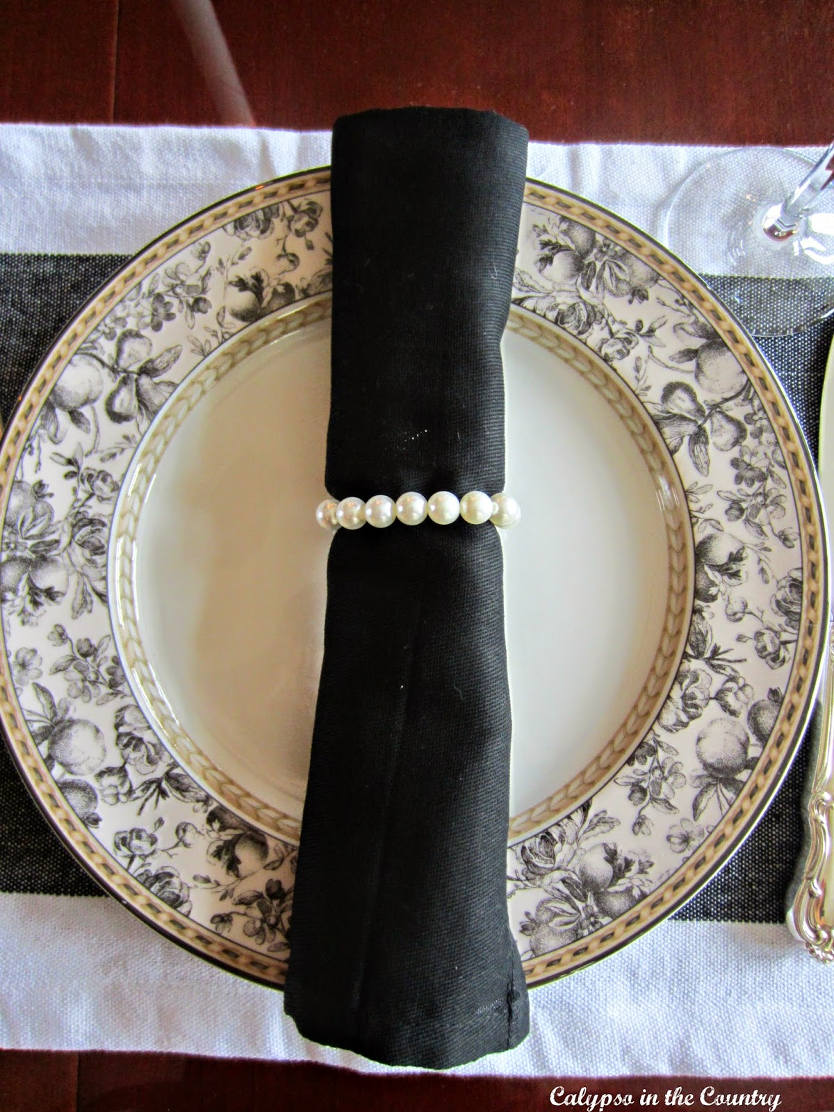 Pearl Napkin Rings - Jackie Kennedy Style