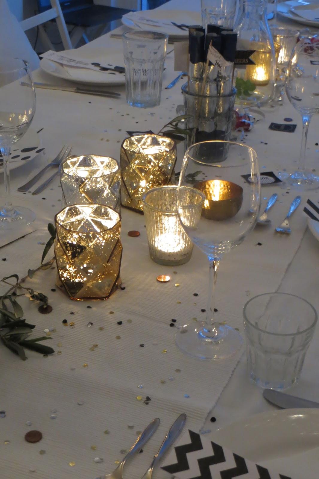 eigentum der kÖnigin: party dekoration black/white -silber/gold