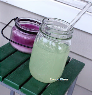 mason jar glass and reusable straw