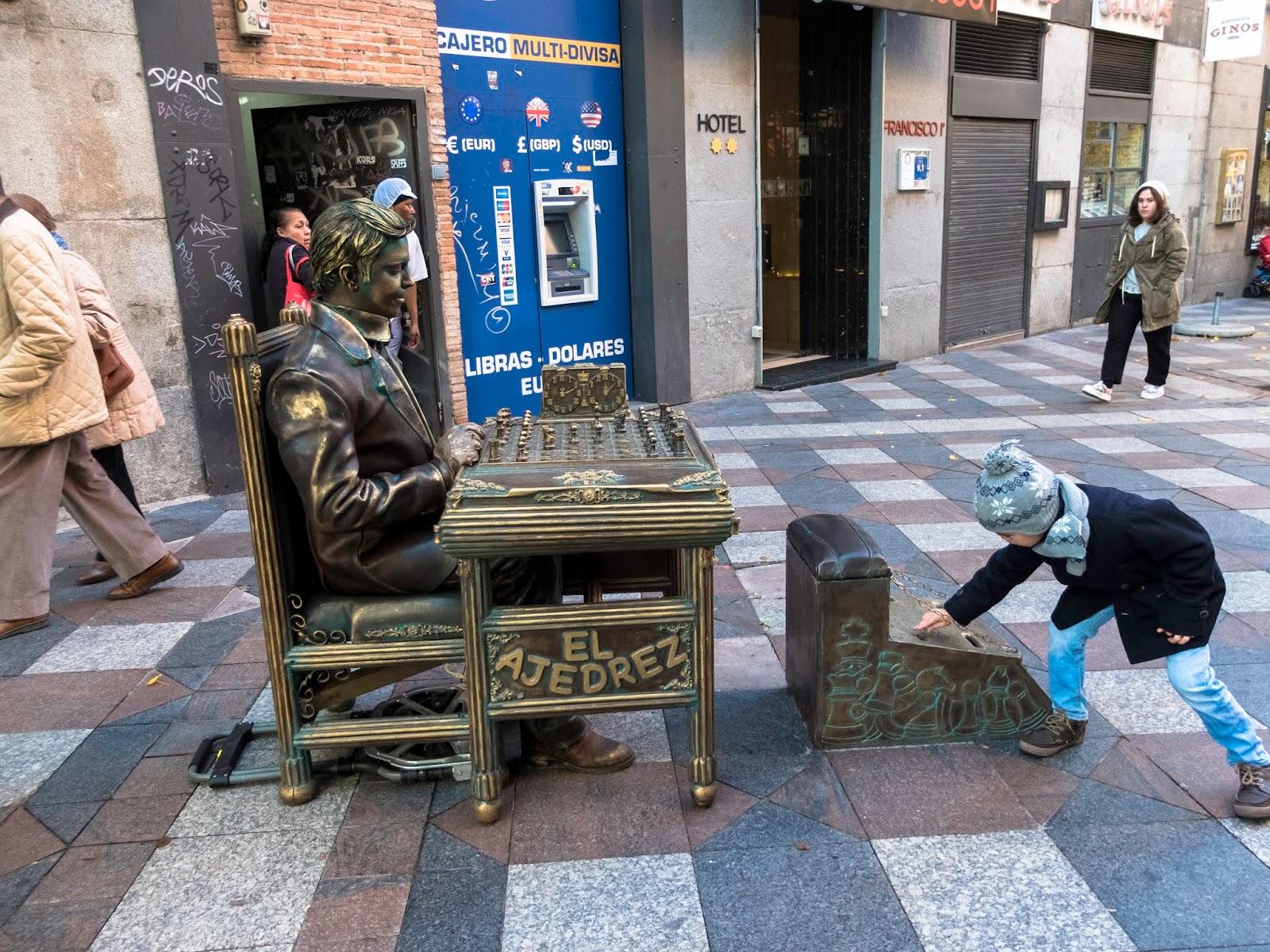 Estatua Viviente, Calle Arenal, Madrid 2016