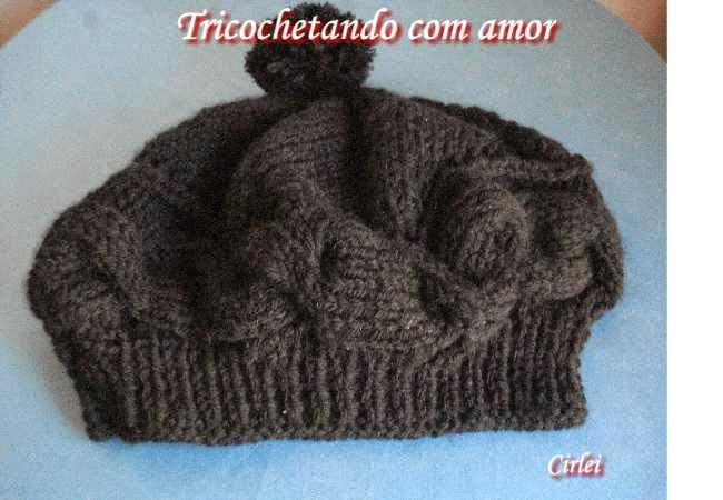 Tricochetando com amor  Boina Cupcake Aline em tricô 5c389deb1aa