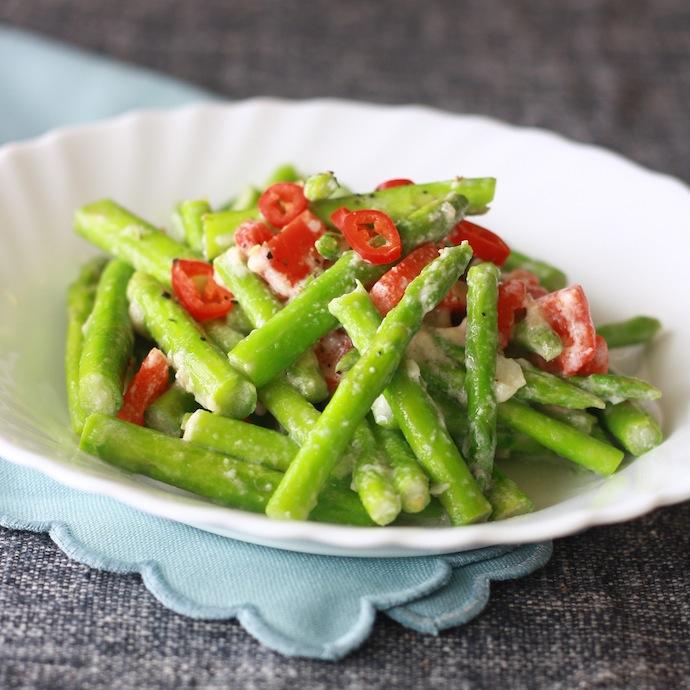Thai Stir-Fried Asparagus with Lemongrass recipe by SeasonWithSpice.com