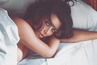 Kim Kardashian lying boobs