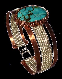 https://dreampaerl-wirewrap-armbaender.blogspot.de/p/05-wirewrap-armband-mit-luenettetuerkis.html