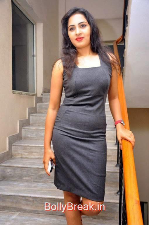 Srushti Dange Photo Gallery, Srushti Dange Hot Pics from Darling Tamil Movie Audio Launch