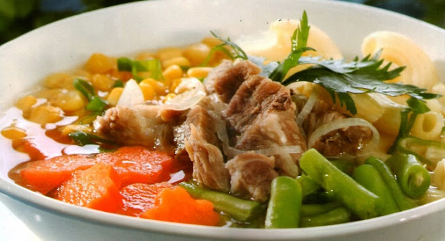 Resep Masakan Sop Tulang Kaki Sapi Kuah Bening Spesial yg Enak dan Lezat