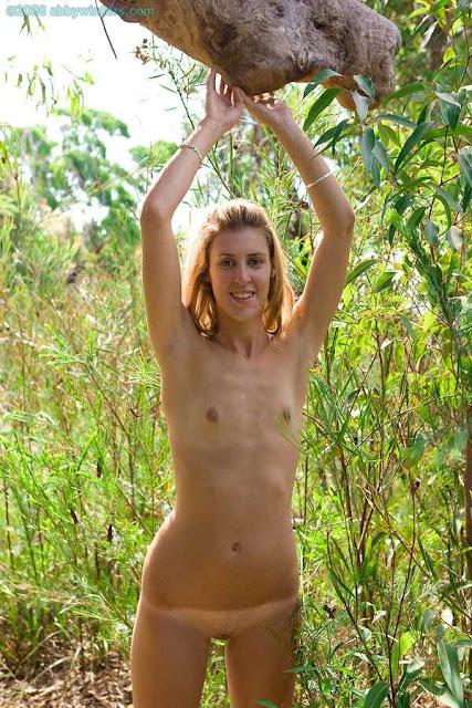 http://www.pornopremiere.com/abby_winters/1119/indexb.html