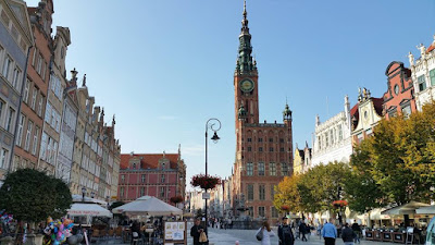 Old Town of Gdańsk - Long Market with Main Town Hall