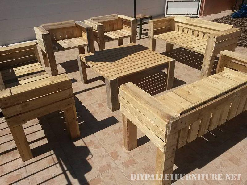 Muebles de exterior de palets for Muebles de exterior con palets