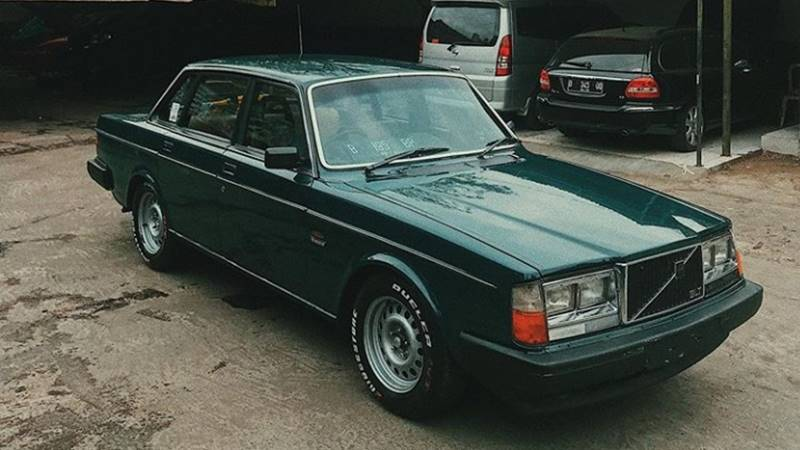 Mobil tua antik