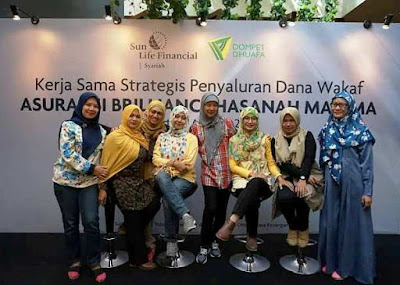 besama teman bloggers nurul sufitri wakaf asuransi brilliance hasanah maxima dan dompet dhuafa