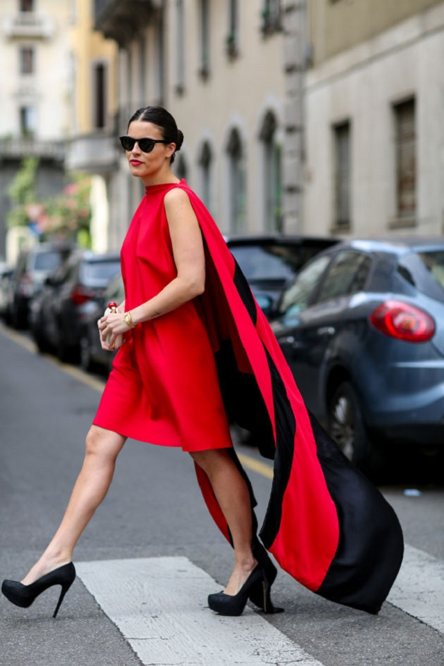 invitada boda vestido look capa cape dress wedding guest outfit blog