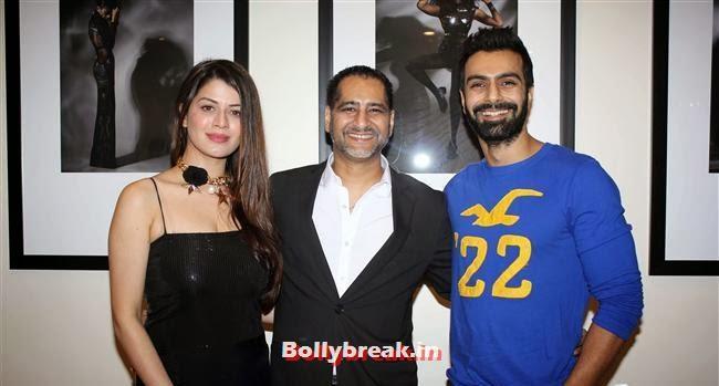 Kainaat Arora, Vikram Bawa and Ashmit Patel, Hot Bollywood Actresses at Vikram Bawa Calendar Launch