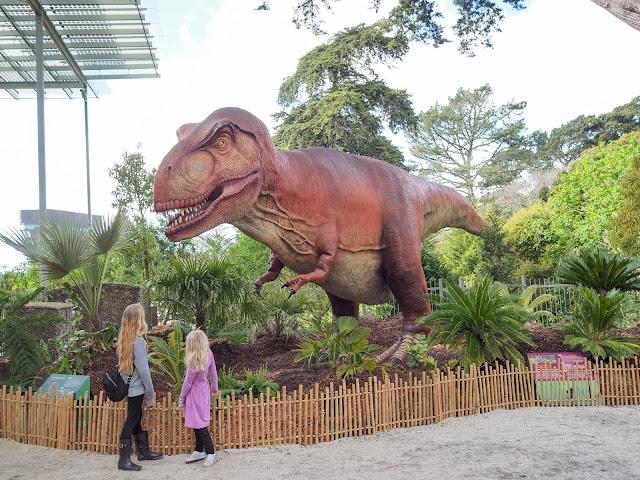 girls with tyrannosaurus rex