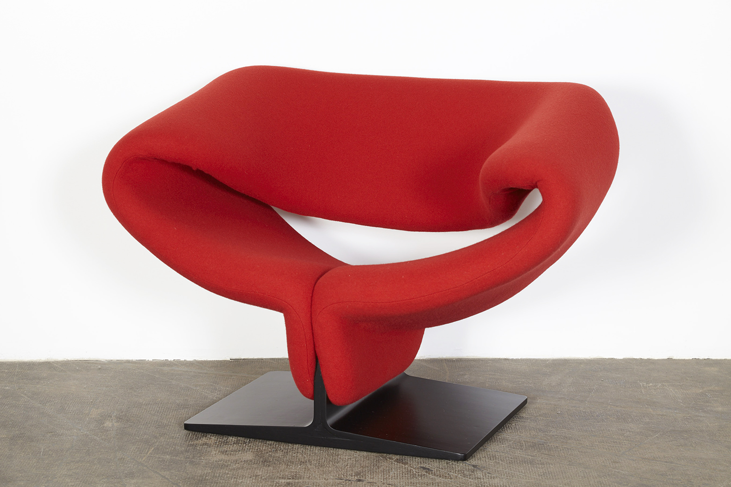 Best Reading Chair For Bad Back Classic Design Before And After Pierre Paulin Ribbon Chair