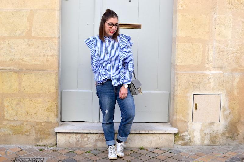 chemise à volant Sheinside, jean relaxed H&M, sac gris Idriss, médaille l'atelier d'amaya, stan smith