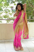 pavani new photos in saree-thumbnail-18