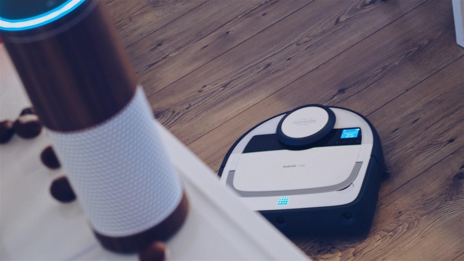 mein kobold staubsaugerroboter vr200 h rt jetzt auf alexa vollautomatisch selbstst ndig und. Black Bedroom Furniture Sets. Home Design Ideas