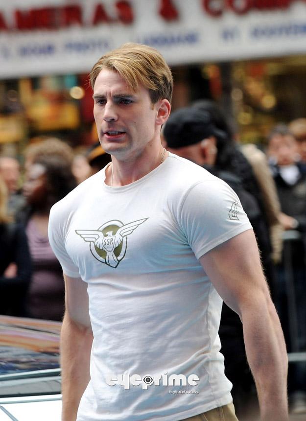 Chris Evans en el rodaje de Capitán América