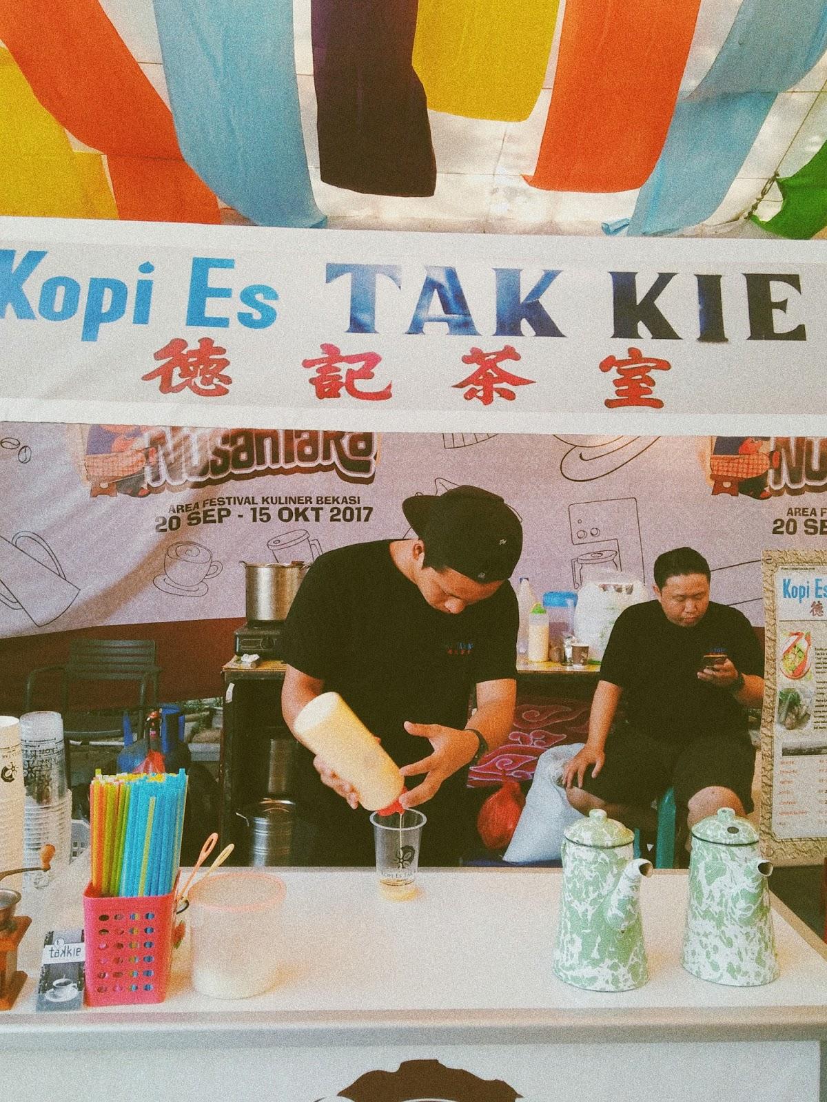 Festival Kuliner Bekasi 2017 - Nganreki' Sanggena Bassoro - Kopi Es Tak Kie