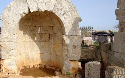Τουρκικά αεροσκάφη κατέστρεψαν μία από τις παλαιότερες χριστιανικές εκκλησίες στον κόσμο