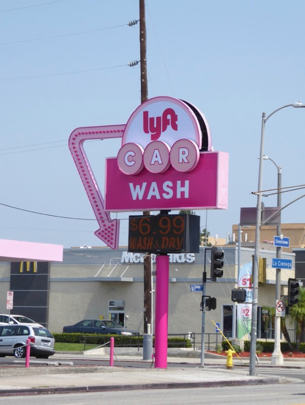 Lyft Car Wash retro neon sign