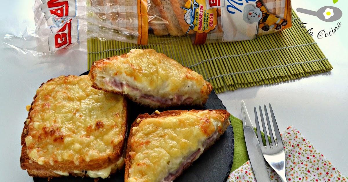 sandwich croque monsieur disfrutando de la cocina