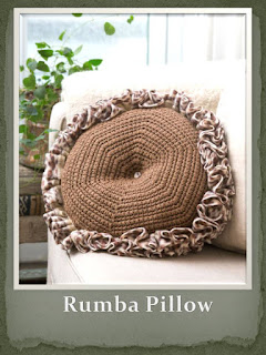 http://www.redheart.com/free-patterns/rumba-pillow