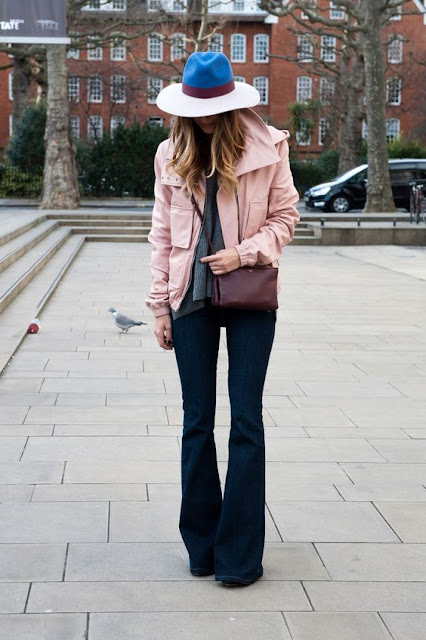bell-bottom-jeans-street-style