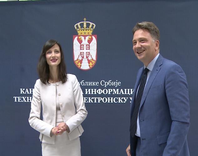 Riconosciuti i risultati della Serbia sul percorso di trasformazione digitale